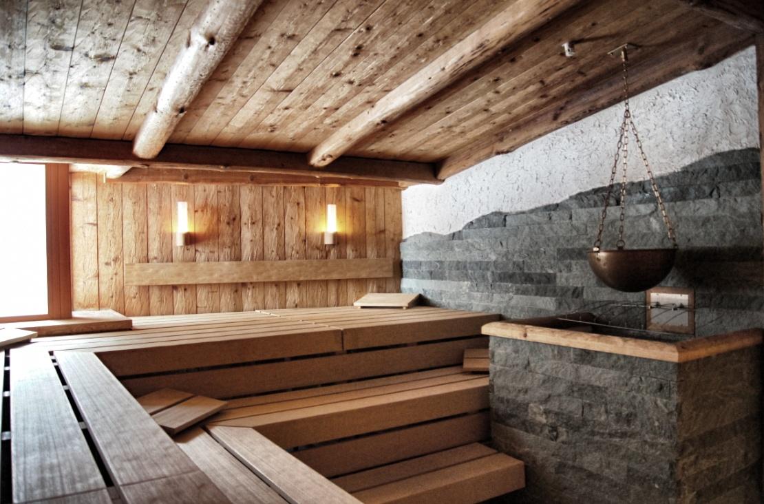 wellness zedern klang spa. Black Bedroom Furniture Sets. Home Design Ideas
