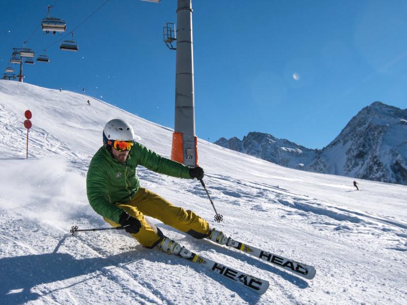 Freizeit - Skifahren - Starbild