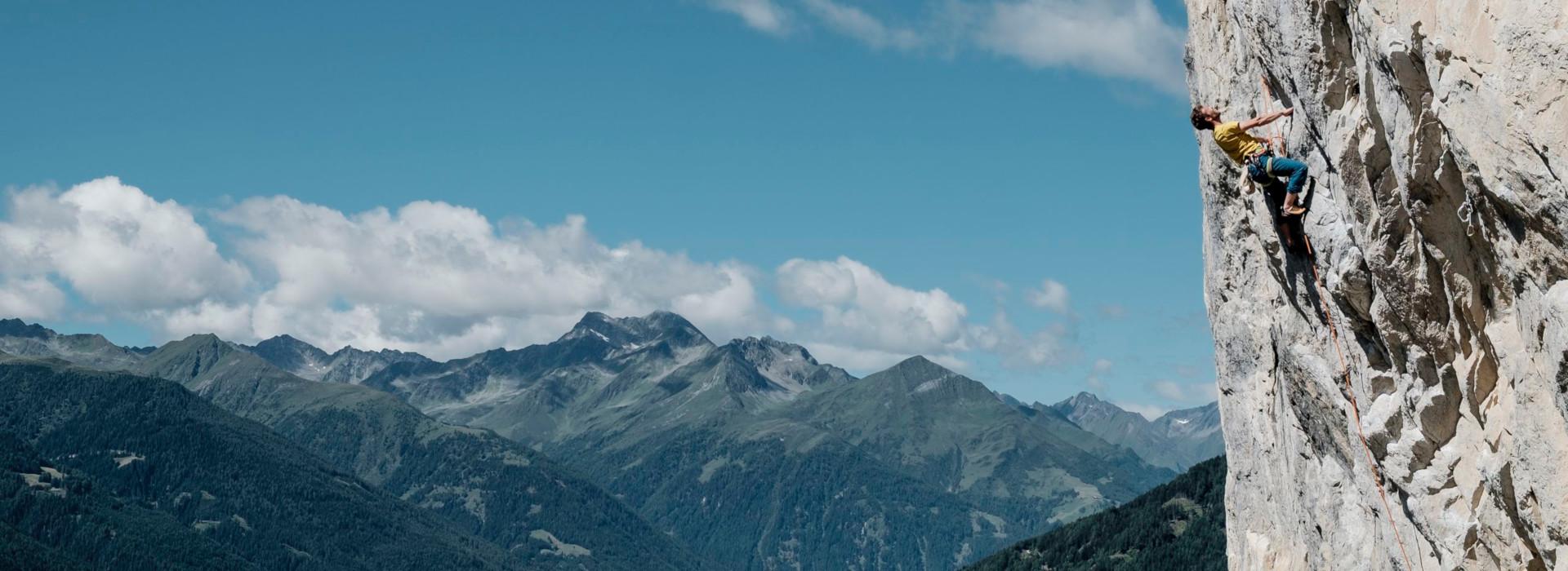 Freizeit - Sommer - Bergsteigen und Klettern - Headerbild