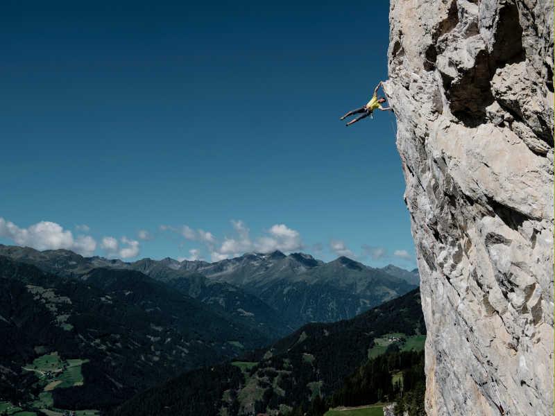 Freizeit - Sommer - Bergsteigen und Klettern - Symbolfoto2