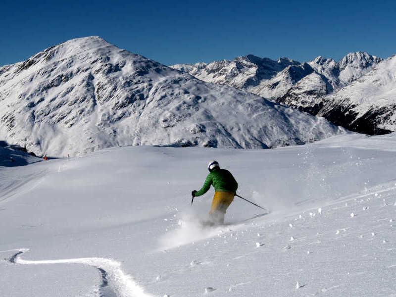 Freizeit - Winter - Freeriden - Symbolfoto2
