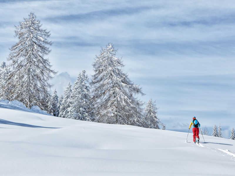 Freizeit - Winter - Skitouren - Symbolfoto2