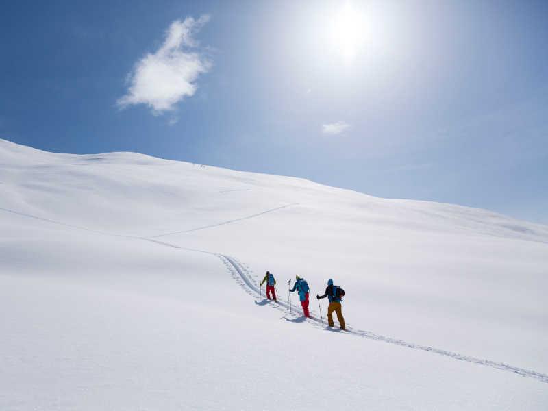Freizeit - Winter - Skitouren - Symbolfoto4