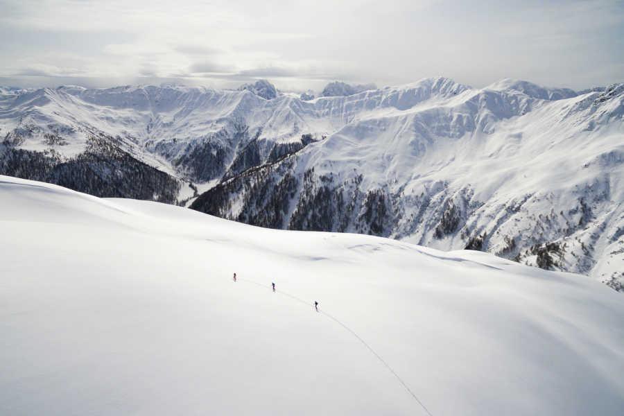 Freizeit - Winter - Winterwandern - Symbolfoto